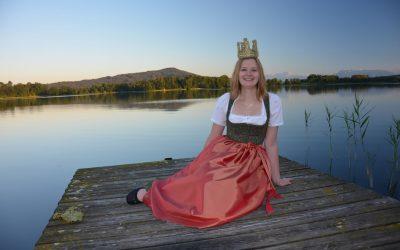 Fotoshooting mit Heukönigin Magdalena I.