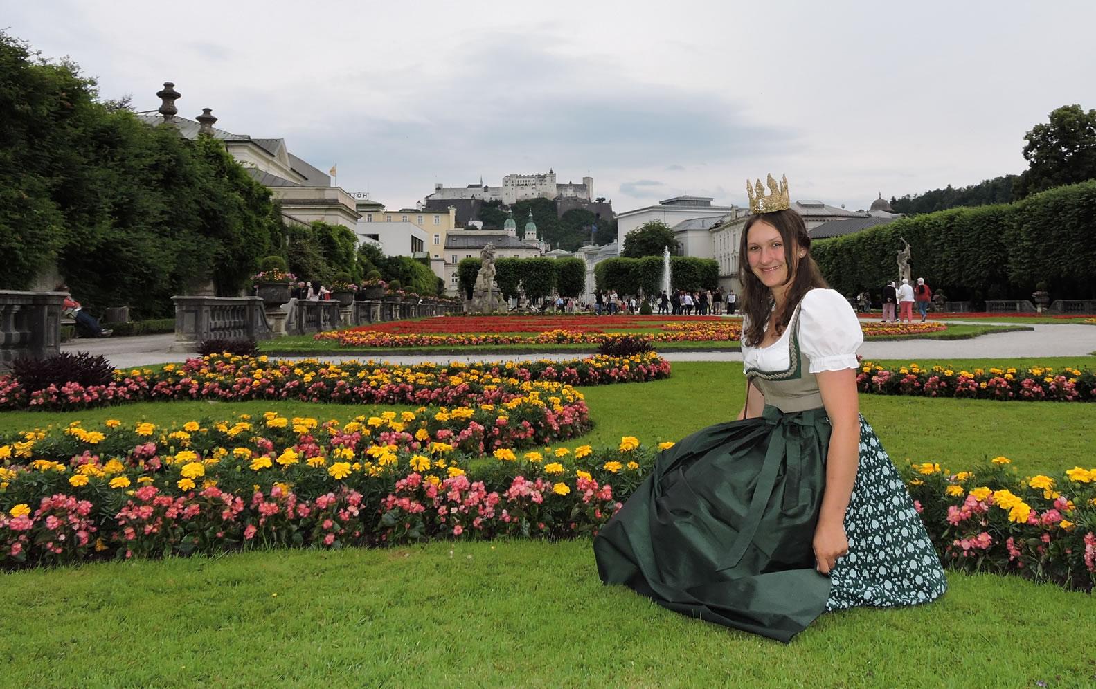 Königin im Mirabellgarten