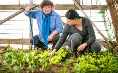 Marianne hält Gartenvorlesungen
