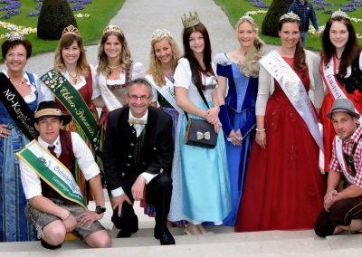 Mirabellgarten mit Königinnen 2
