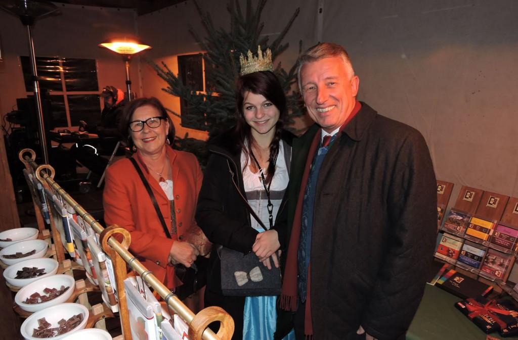 Gemeindebundpräsident Helmut Mödlhammer mit seiner Frau und Heukönigin Maria