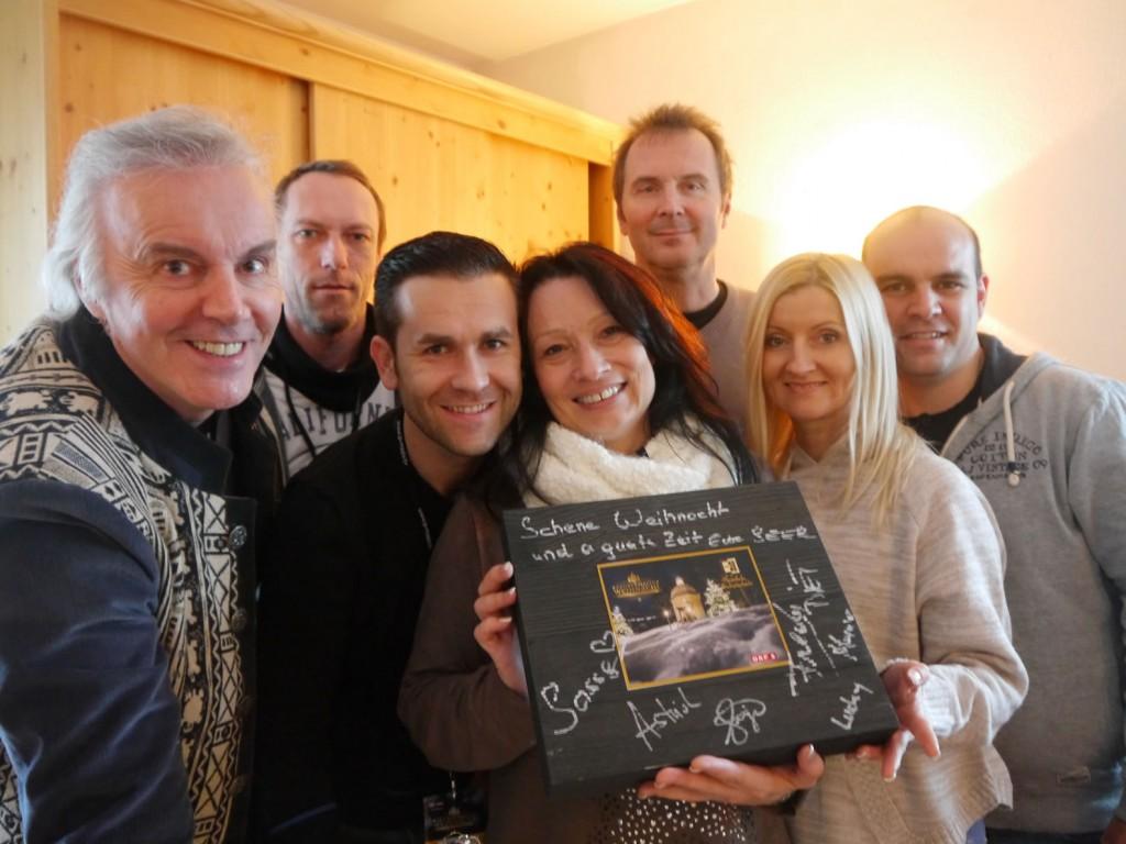 Die Seer haben die ganze Box für ihre Fans vollgeschrieben, fotografiert von Eva Brutmann